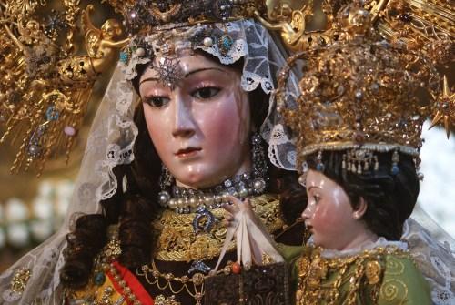 Jerez rinde honores a la Reina del Carmelo en el aniversario de su Coronación