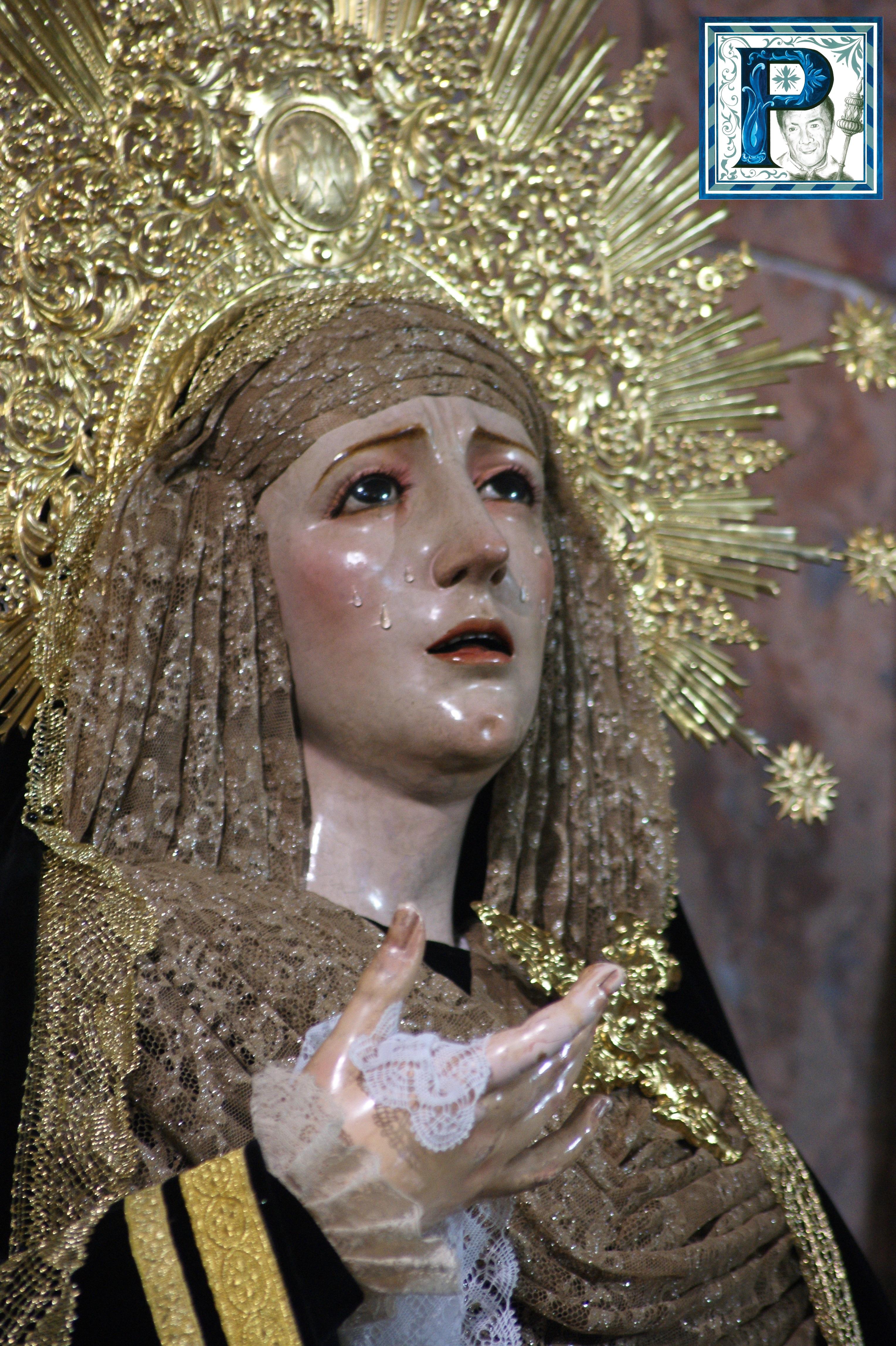 La Virgen de los Remedios y de la Concepción Coronada ataviadas para la festividad de los Fieles Difuntos