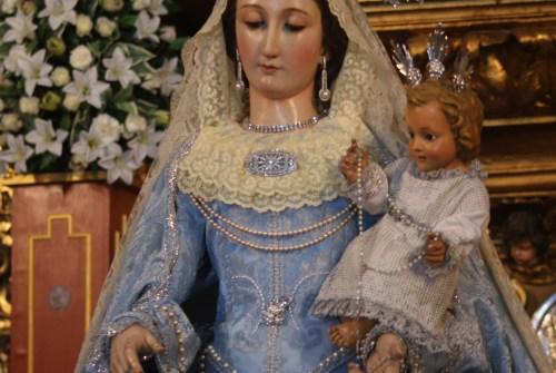 El Besamanos de Madre de Dios del Rosario de Capataces y Costaleros en imágenes