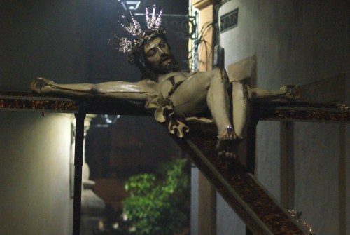 El Miércoles Santo podría contar con un crucificado en la calle