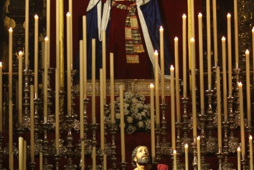 El altar de Cultos de la Hermandad de la Oración en el Huerto, Borriquita y Redención en imágenes. Por Lucas Álvarez