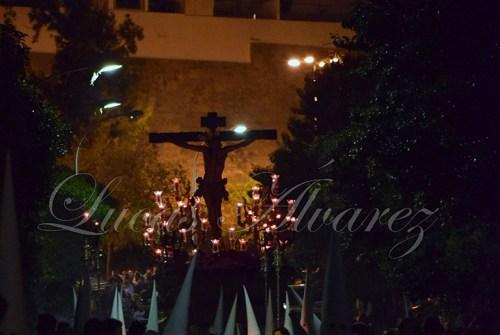 A PIE DE PASO: «El Cristo de la Sed regresando a su parroquia»