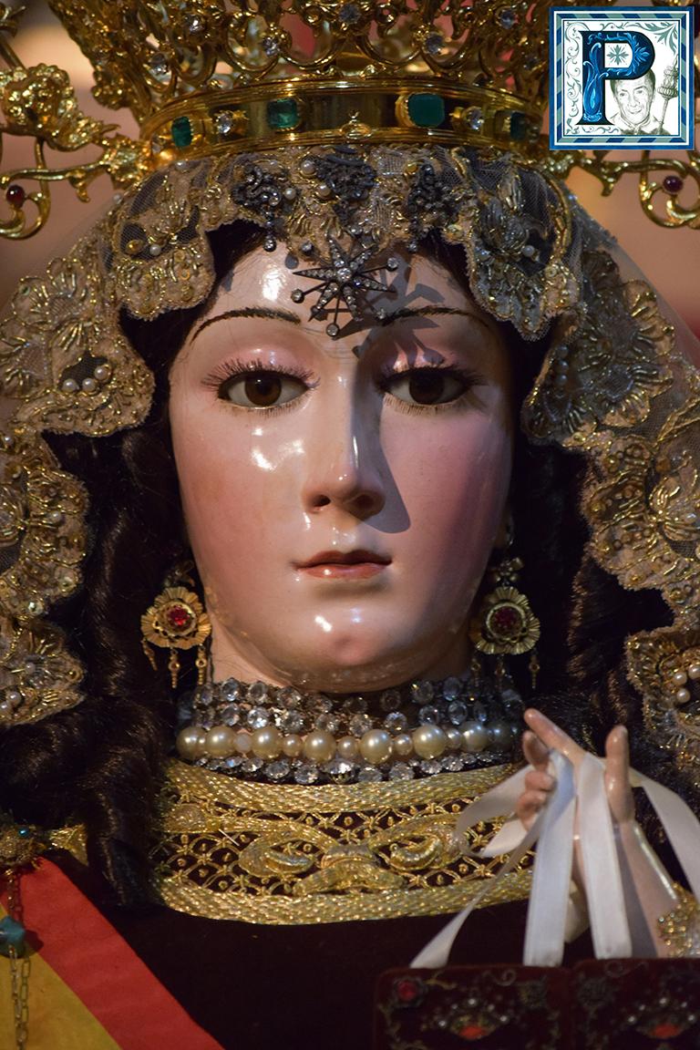 El besamanos de la Virgen del Carmen Coronada en imágenes. Por Lucas Álvarez