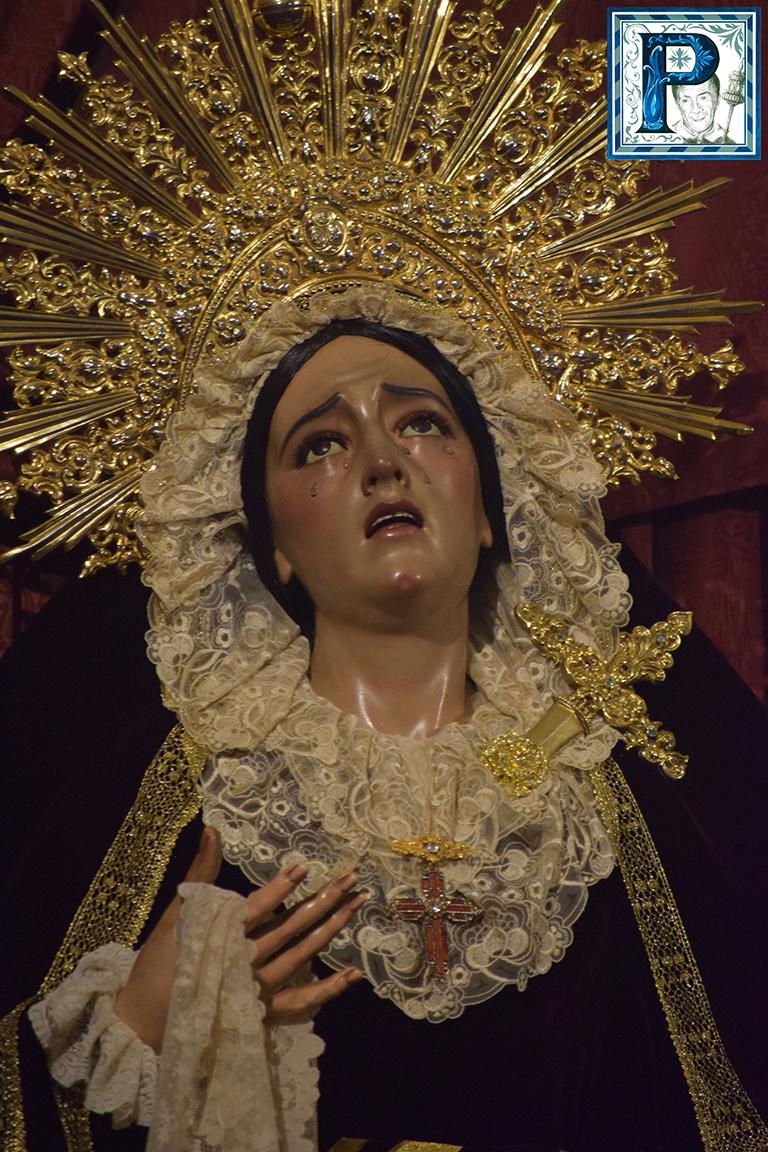 Besamanos extraordinario a la Virgen de Penas y Lágrimas
