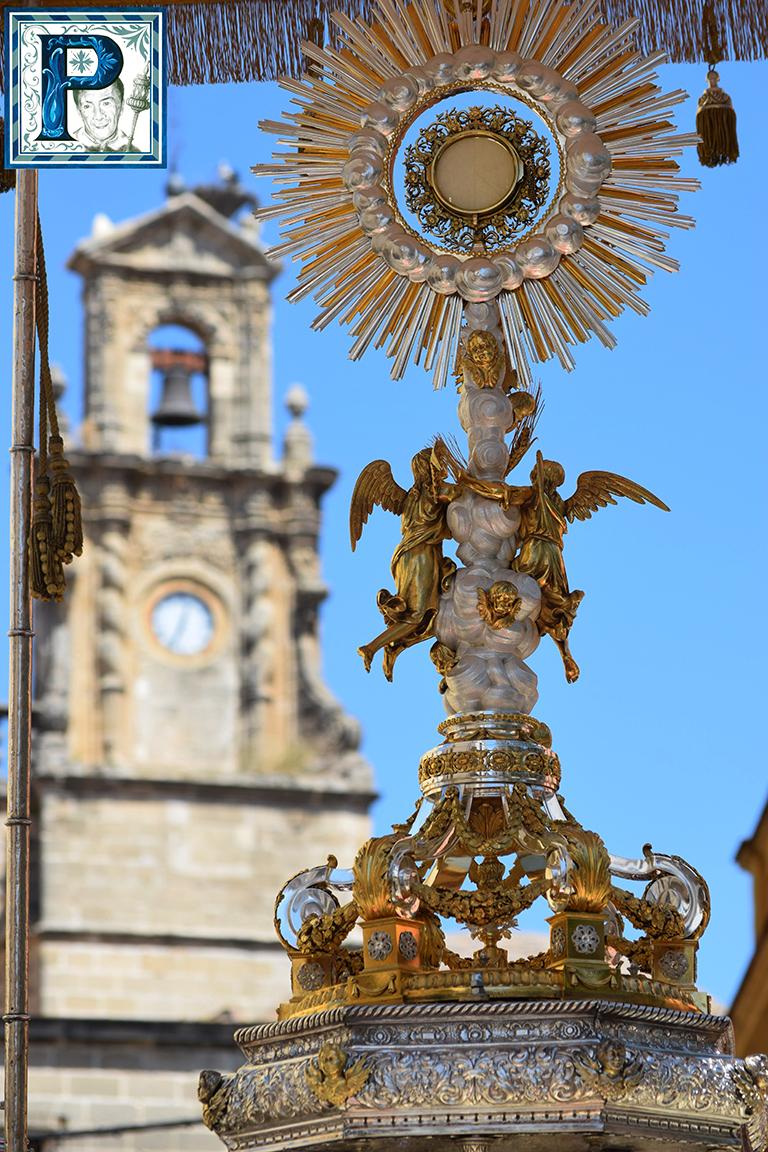 Cultos eucarísticos con motivo del Corpus de Santiago