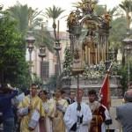 La Procesión de la Virgen del Rosario de los Montañeses desde el objetivo de Lucas Álvarez