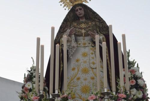 Rosario Vespertino en Puertas del Sur presidido por la Virgen del Amparo