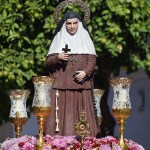 La procesión de Santa Ángela desde el objetivo de Lucas Álvarez