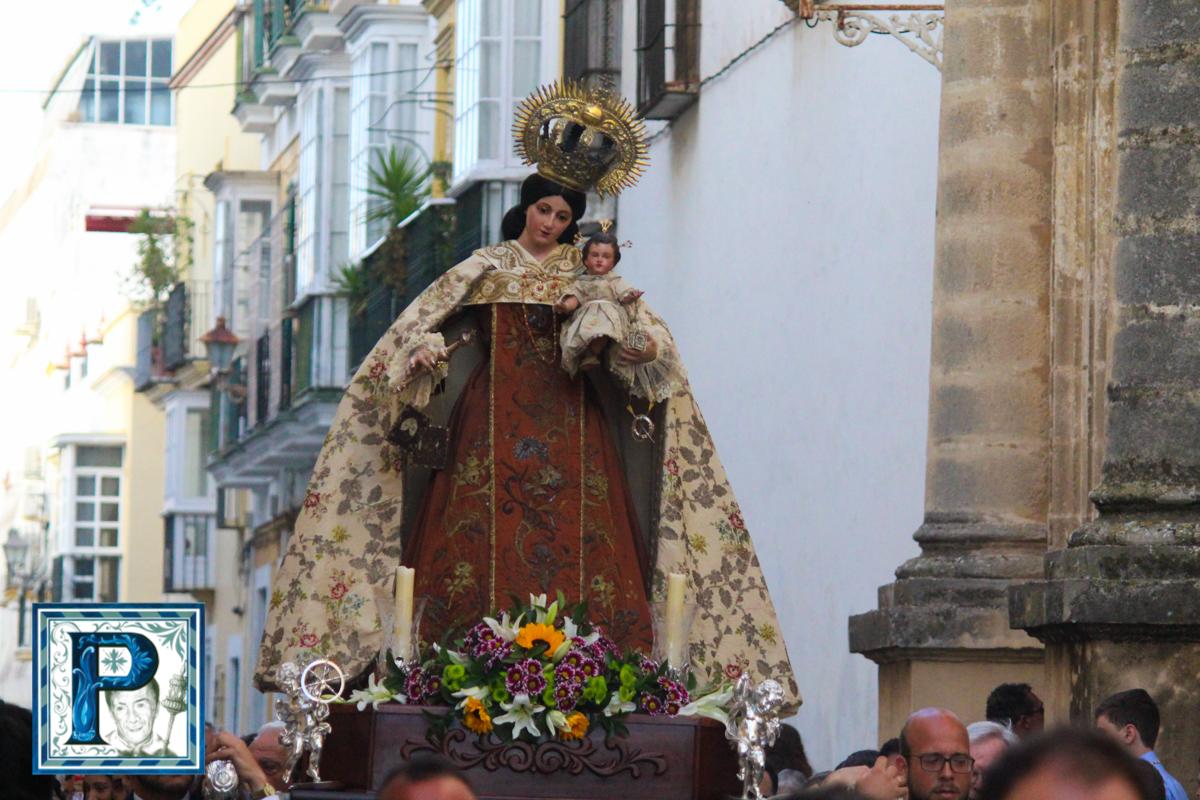 Traslado de la Virgen del Carmen del Puerto desde el objetivo de Guillermo Pastor