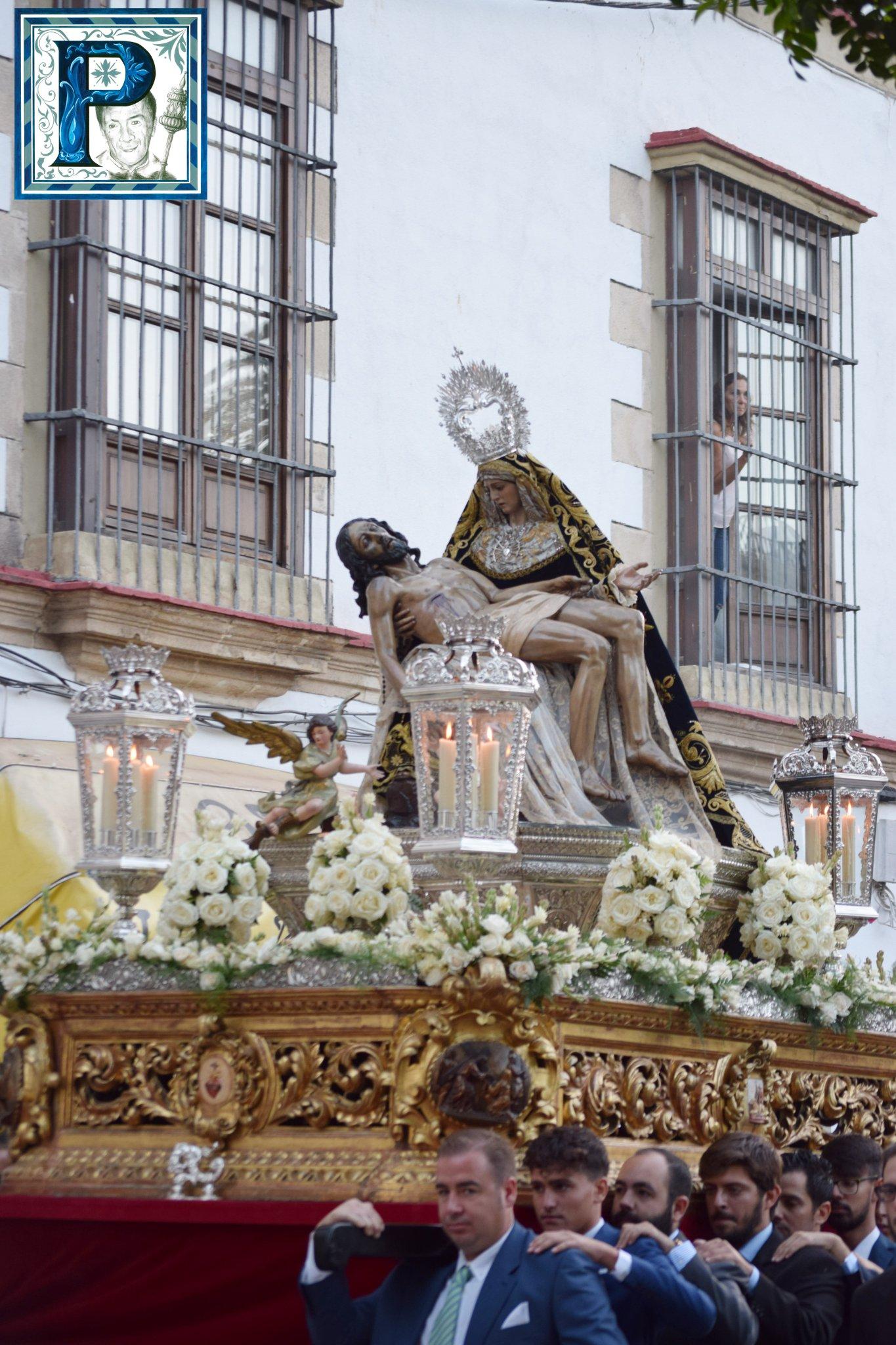 EN VIDEO: «Rosario de la Aurora de la Virgen de las Angustias»
