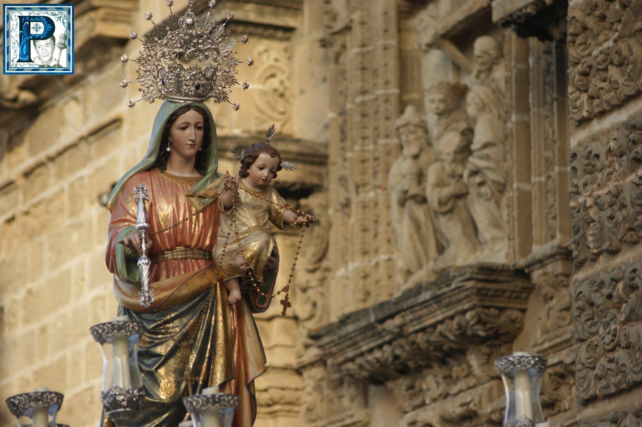 El Beaterio abre el ciclo procesional en torno a la devoción a la Virgen del Rosario
