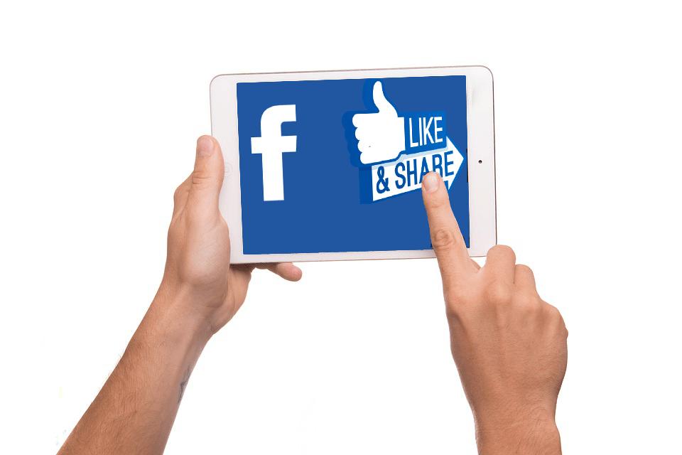 SEMANA MAYOR: «Las redes sociales han cambiado a las cofradías»