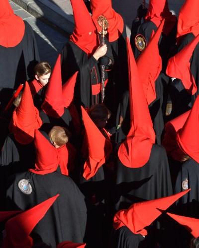 «La tradición roja y negra» por Guillermo Pastor Pérez