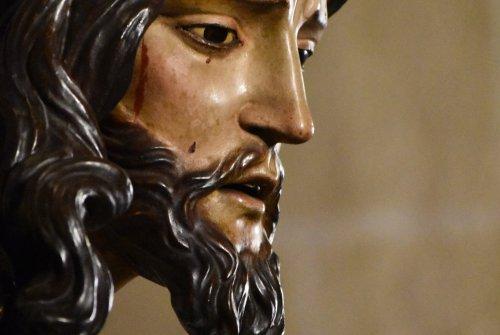 Los besapies y besamanos del quinto domingo de Cuaresma desde el objetivo de Lucas Álvarez