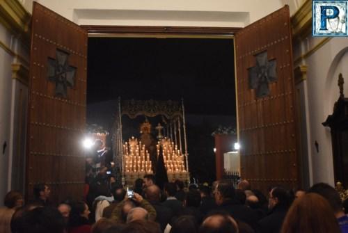 La procesión extraordinaria de la Virgen de la Concepción desde el objetivo de Lucas Álvarez