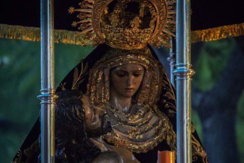 EN VIDEO: «Vía Crucis presidido por la Virgen de las Angustias: traslado de ida»