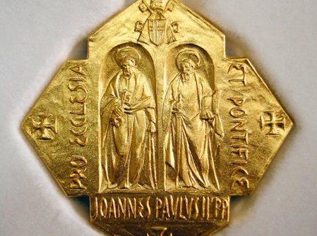 Varias instituciones de la Diócesis reciben hoy la medalla «Pro Ecclesia»
