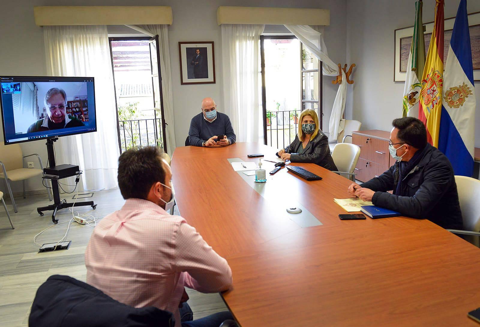 El Ayuntamiento y la Unión de Hermandades trabajan en un plan alternativo de cara a la próxima Semana Santa