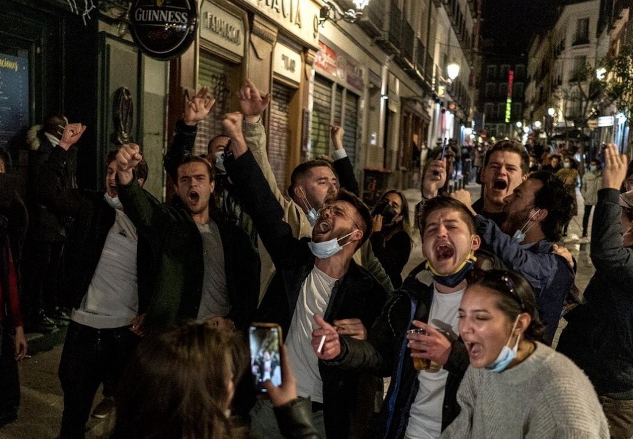 Francia desaconseja viajar a España en plena polémica por el turismo de  borrachera en Madrid