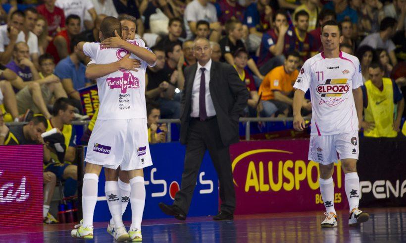 ElPozo Murcia asalta el Palau e iguala la Final