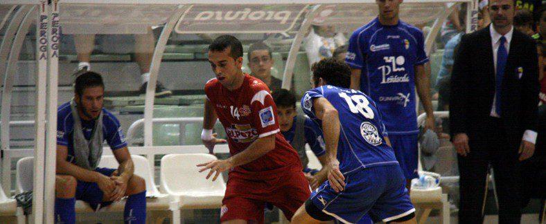 ElPozo Murcia logra la victoria con el calor de 'La Marea Roja'  ElPozo Murcia 5-1 Peñíscola FS Bod. Dunviro