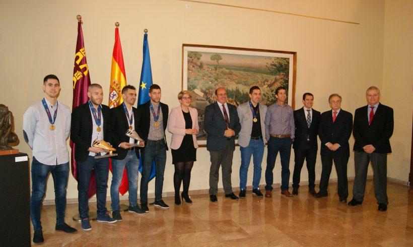 ACTO|El Presidente de la Región y la Consejera de Cultura reciben a los Campeones de Europa
