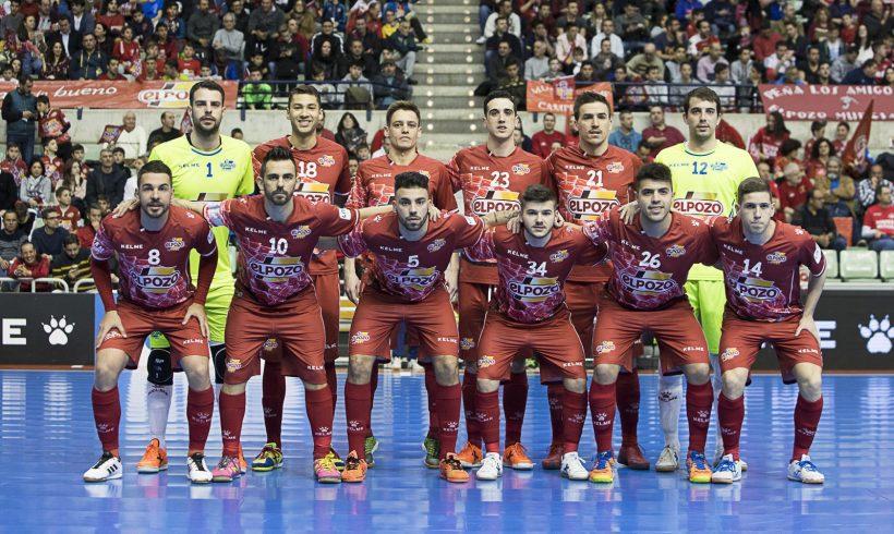 Galería| La afición VIBRÓ con el Clásico de fútbol sala Fotos (Pascu Méndez)