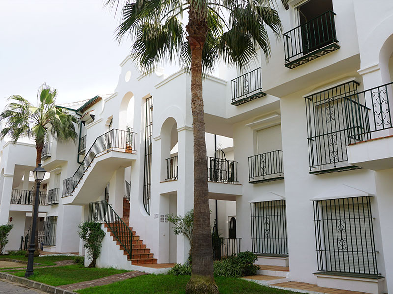 el presidente apartments for sale
