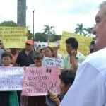 Vecinos de diferentes colonias se manifestaron en las puertas de la CAPA