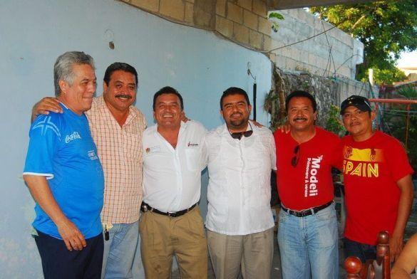 Lucio Larrion, Joseangel e Iván Blanco, Julio Ortiz, Jaime Blanco y Manuel Dorantes.