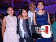 Elizabeth Juárez Ponce, Salomón Chamlati Soto, Anahi y Haromi Chamlati Juárez