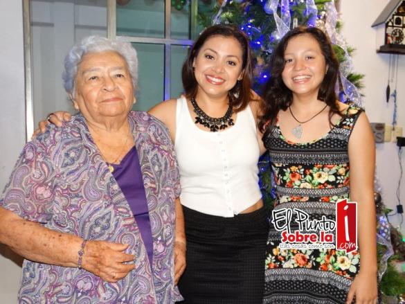 Socorro Massa, Erika Canto Canché y Daniela Serrano Canto