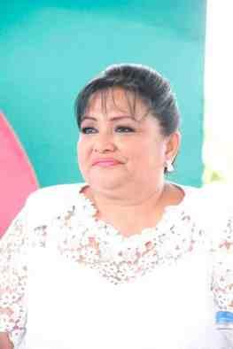 KARINA LORENA IVONNE CHIN CAUICH SEXTO REGIDOR COMISIONADA EN EDUCACIÓN, CULTURA Y DEPORTES