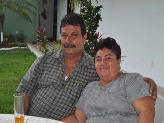 Apuleyo Landaverde Martínez y Reina Gonzales Zarate.