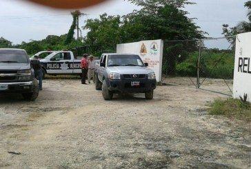 Porque no le dieron chamba, ex Diputado bloquea acceso al basurero de Bacalar