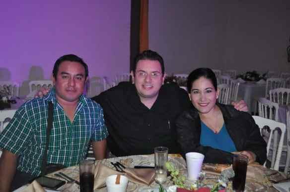 Alberto Tun, Joaquín Quiroz y Tricia López.