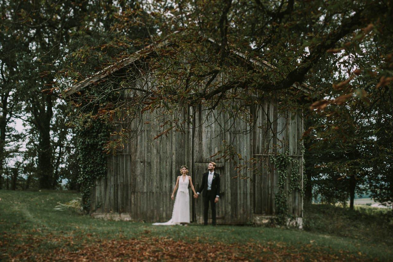 Ceremonias civiles en el bosque. Fotógrafos de bodas en Girona