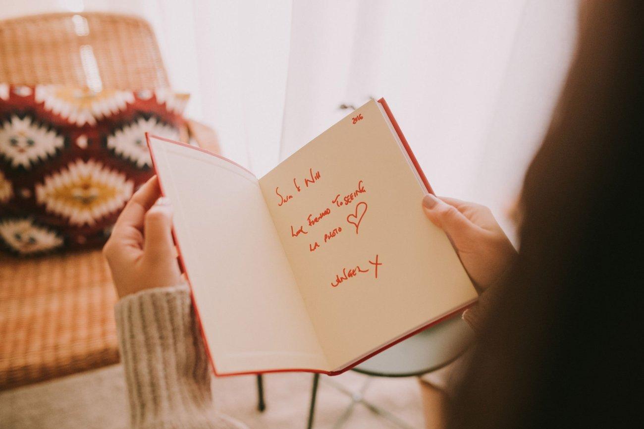 Libro dedicado de Angel Adoree