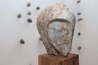 """""""Me he especializado en fierro, pero hace tiempo tenía ganas de trabajar con piedras"""", explica el artista."""