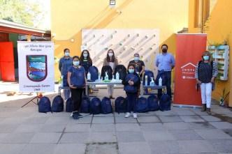 El Teniente ha entregado unas 2.500 mochilas sanitarias entregadas a escolares de la región.