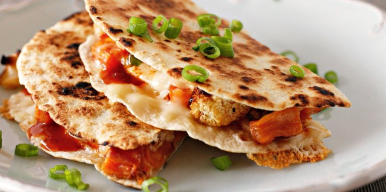 Quesadillas con Camote y Coliflor