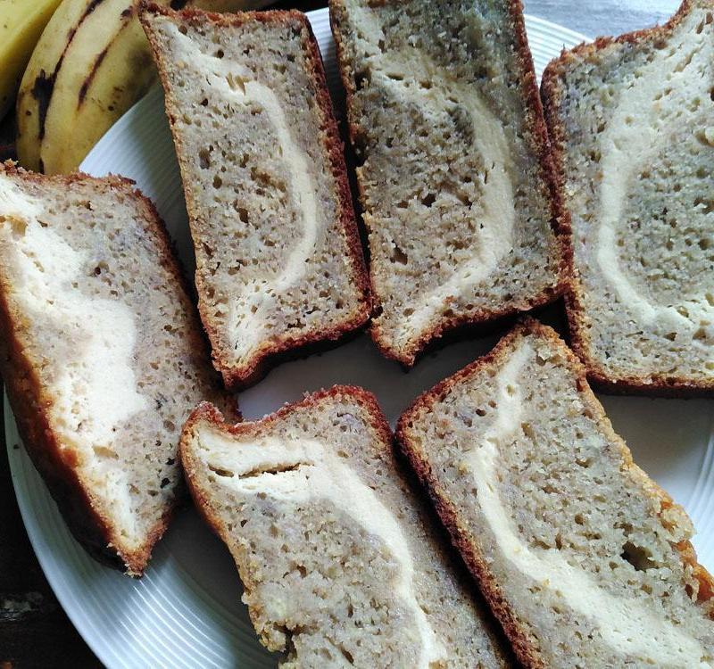 Tarta de Banana con Queso Crema