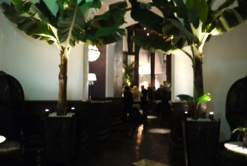 Grand Pacific entrance before the bar