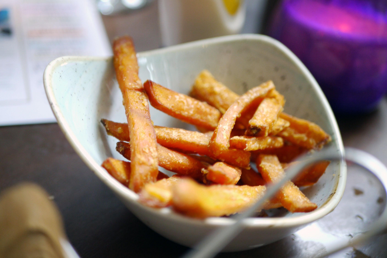 Sweet potato fries and garlic mayo (v) (df) (gf) £2.99