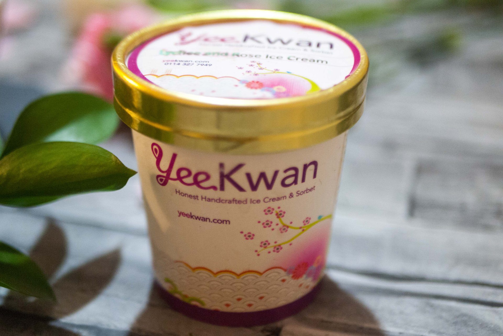 Yee Kwan ice cream tub