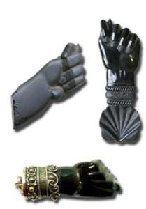 La Higa es un amuleto protector de originario de la Península Ibérica pero que con el tiempo se difundio por diferentes partes del mundo adoptando diferentes nombres.