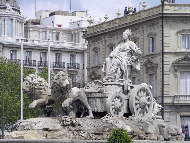 Escultura de la Fuente de Cibeles en Madrid, obra del escultor Francisco Gutiérrez.