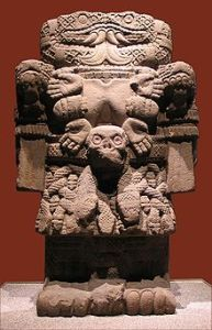 Coatlicue_(Museo_Nacional_de_Antropología)_MQ-3