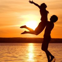 3 Ways To Attract A Healthy And Loving Relationship