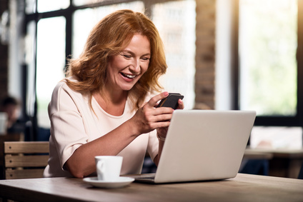 How to Meet Other Singles Online When You are Over 50 - elsieisy blog